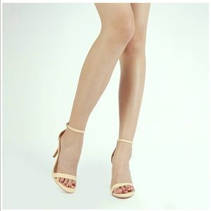 Beautiful brand new Dream Paris heels